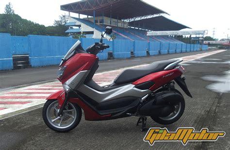 Nmax 2018 Mojokerto by Lihat Lebih Dekat Yamaha Nmax 150 Gilamotor