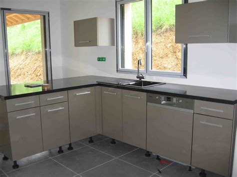poser plinthe cuisine robinet rabattable la construction de fortitou