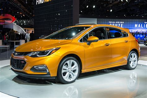 2017 Chevrolet Cruze Rs Hatchback Review Test
