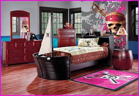 pirate bedrooms ideas boys pirate bedroom ideas spotlats