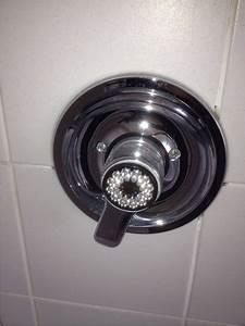 Mischbatterie Dusche Reparieren : mischbatterie dusche reparieren 100 grohe einhebelmischer dusche bilder ideen badezimmer ~ Watch28wear.com Haus und Dekorationen