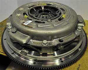 Manual Twin Plate  Clutch Pressure Plate  U0026 Flywheel