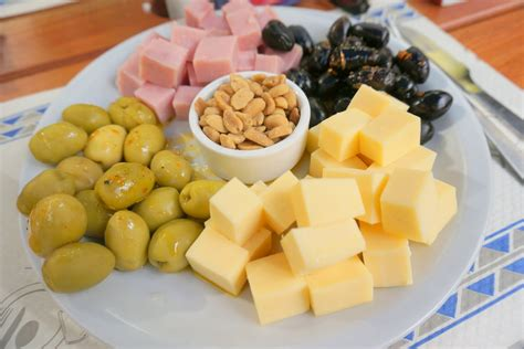 cuisine argentine food and drink facts food
