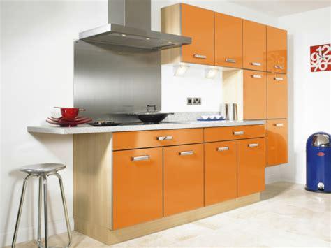 Einrichtung Kleiner Kuechekluge Entscheidung Fur Orange Kleine Kueche Design by K 252 Chenm 246 Bel Kaufen 30 Ideen F 252 R Eine Moderne Und