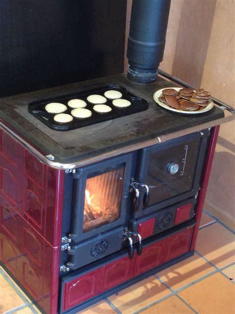 wood cook wood cook stove la nordica quot rosa maiolica bordeaux quot
