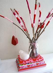 Valentine's Day Craft Centerpiece Tutorial - Popsicle Blog