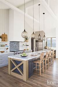 Traditional, Elements, Meet, Contemporary, Lines, In, A, Dallas, Home, To, Create, A, Transitional, Wonder