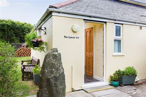 cornwall cottage rental cottages in cornwall 696 cornish cottages to
