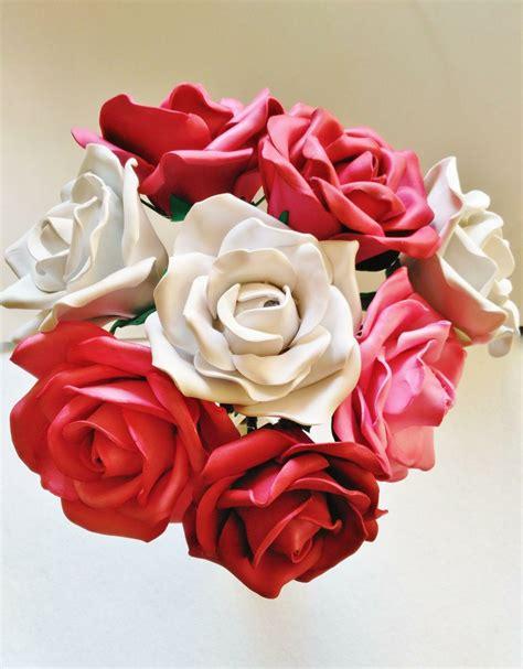 Atrevido pero bonito flores de goma eva en tu boda Bodas