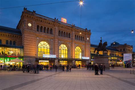 File:Hannover main station Ernst-August-Platz Mitte