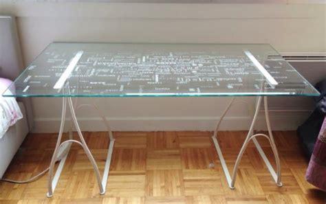 plateau pour bureau ikea longueur 150cm largeur 80 cm hauteur 70 cm écartement