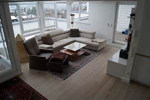 Flüssiger Bodenbelag Wohnzimmer : bodenbelag im wohnzimmer fu boden belag parkett laminat vinyl kork ~ Buech-reservation.com Haus und Dekorationen