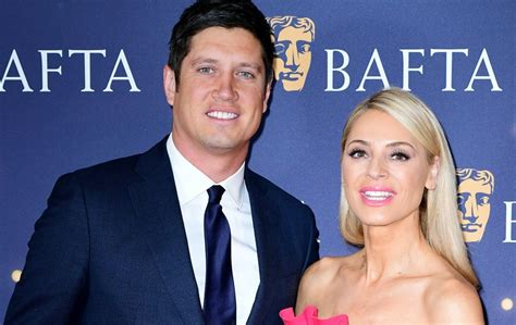 Vernon Kay spills the beans on renewing wedding vows with ...