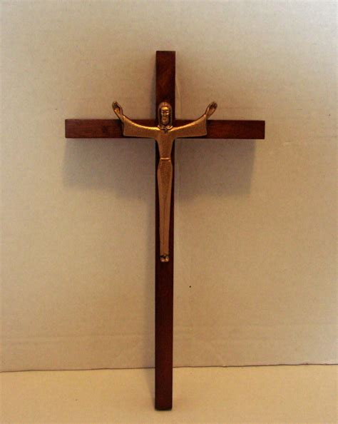 the risen christ 10 inch wall crucifix by jeweled cross