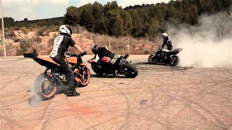 Drifting Motorcycles Crossing
