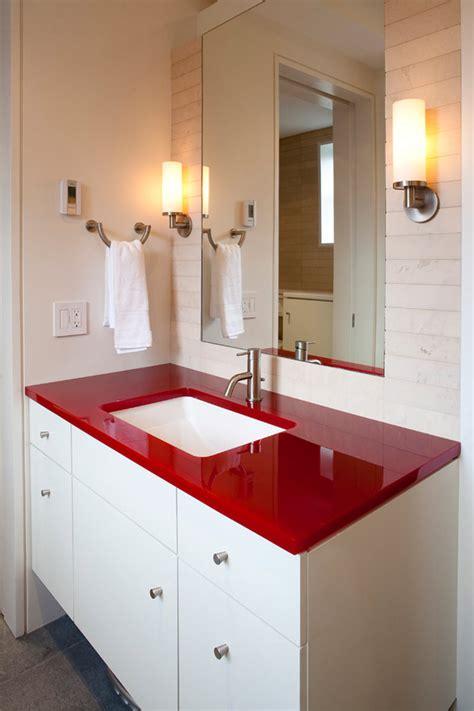 banheiros vermelhos  voce se inspirar limaonagua