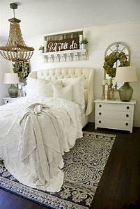 Small, Master, Bedroom, Design, With, Elegant, Style, 05