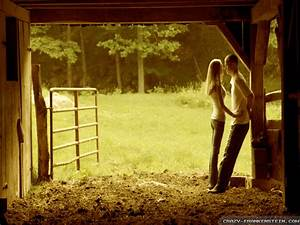 Country Love Wallpaper