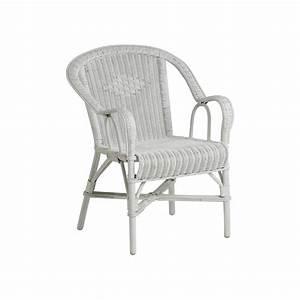 Siege En Rotin : location fauteuil en rotin blanc d co priv ~ Teatrodelosmanantiales.com Idées de Décoration
