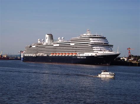 Biggest Cruise Ship Length | Detland.com