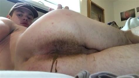 Cute Latin Guy Shows His Dirty Ass Farting Gay Scat Porn