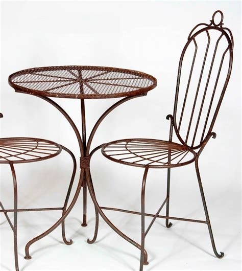Small Outside Table And Chairs by Small Outside Table And Chairs Backyard Patio Ideas