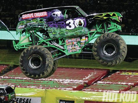 monster trucks racing videos 100 videos of monster trucks racing monster jam
