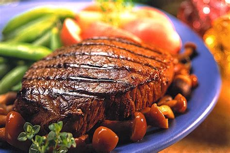 Fillet steaks with mushrooms and morels recipe. Easy Beef Steak Recipe, Black Pepper Sauce