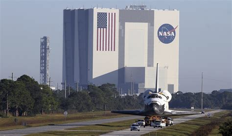 Florida: Kennedy Space Center's Vehicle Assembly Building ...