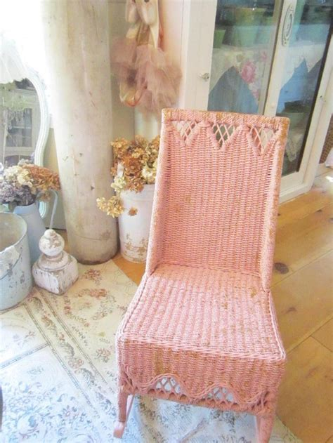 relooker chaise 34 best images about rocking chairs on shabby