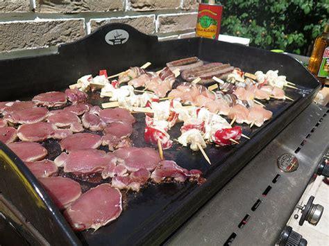 cuisine plancha recette mes p 39 tites recettes pour la première plancha de la saison