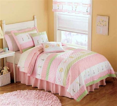 Pastel Pink & Green Bedding for Girls Twin Size 2pc Quilt