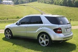 Mercedes Ml With Custom Wheels