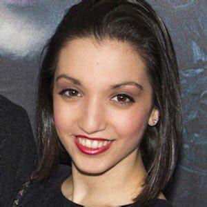famous actress named julia julia macchio bio facts family famous birthdays