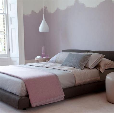 Soft Purple Wall Paint Color And Elegant Platform Bed For