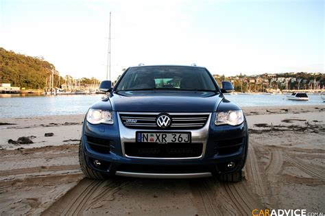 2008 Vw Touareg Reviews by 2008 Volkswagen Touareg R50 Review Photos 1 Of 53