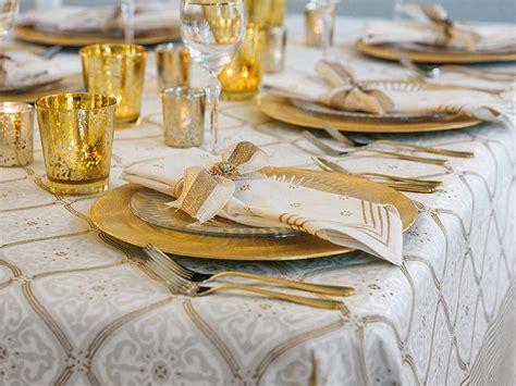 White Tablecloth, 90 Round White Tablecloth, 70 Round