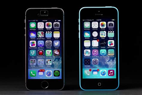 iphone 5c vs 5s walmart cuts price of iphone 5s and 5c ahead of expected