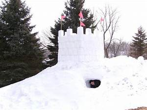 Snow fort - Wikipedia