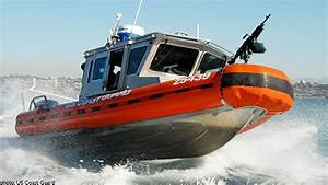 coast guard boat overturns in ny inlet crew swims to With coast guard boat documentation