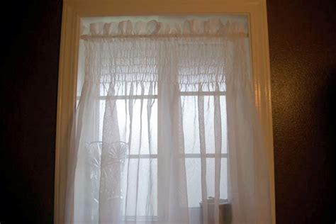 remodelaholic beautiful shirred curtain tutorial
