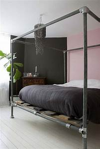 Industrial canopy pipe bed frame for Diy canopy bed from pvc pipes