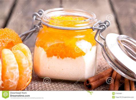 dessert frais pour no 235 l image stock image 27925961