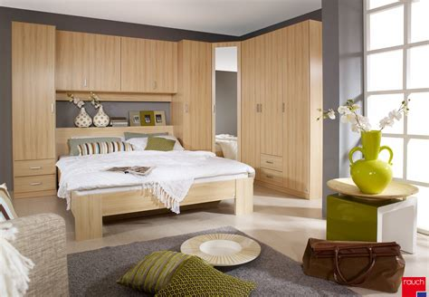chambre adulte pas cher conforama lit chambre pas cher lit adulte haut chambre