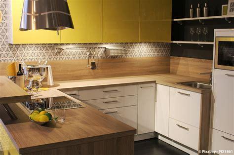 plan de travail cuisine 3m50 quel matériau choisir pour le plan de travail de votre