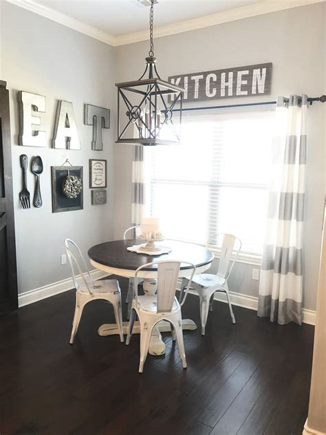 dining room gallery wall   farmhouse style dining room