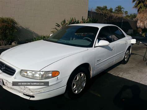 4 Door Buick Regal by 2000 Buick Regal Ls Sedan 4 Door 3 8l