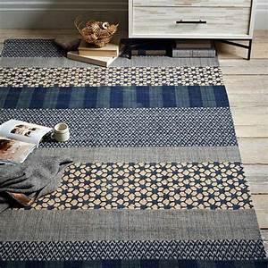 super schone blaue teppiche archzinenet With balkon teppich mit tapete muster blau