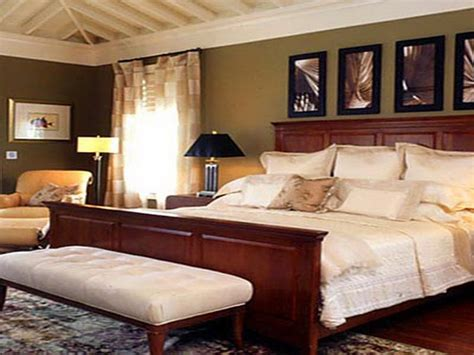 bloombety classic master bedroom wall decorating ideas