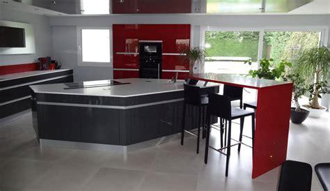 modele de cuisine avec ilot central cuisine avec îlot central plan de travail modèle
